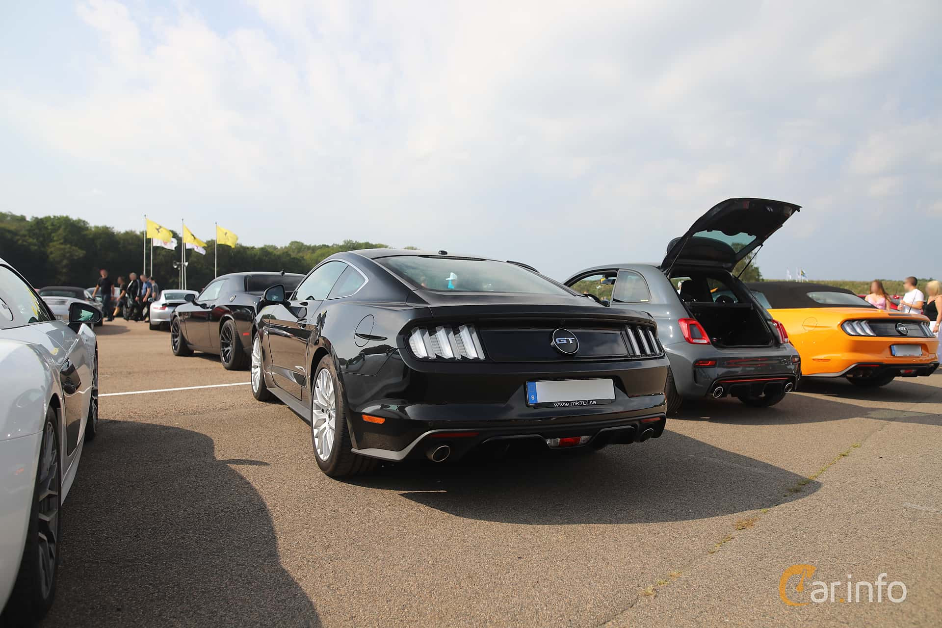 Ford Mustang GT 5.0 V8 SelectShift, 421hp, 2017 at Autoropa Racing day Knutstorp 2019