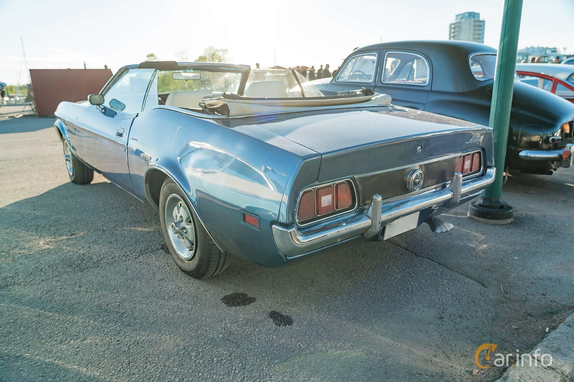 """Ford Mustang Convertible 4.9 V8 Automatic, 137hp, 1972 at Nyköpings hamnträffar 2019 Vecka 20  Tema: """"Kvinnor vid ratten"""""""