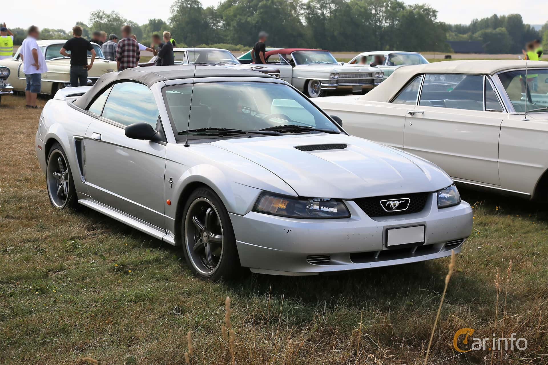 1 images of ford mustang convertible 3 8 v6 automatic 193hp 2000