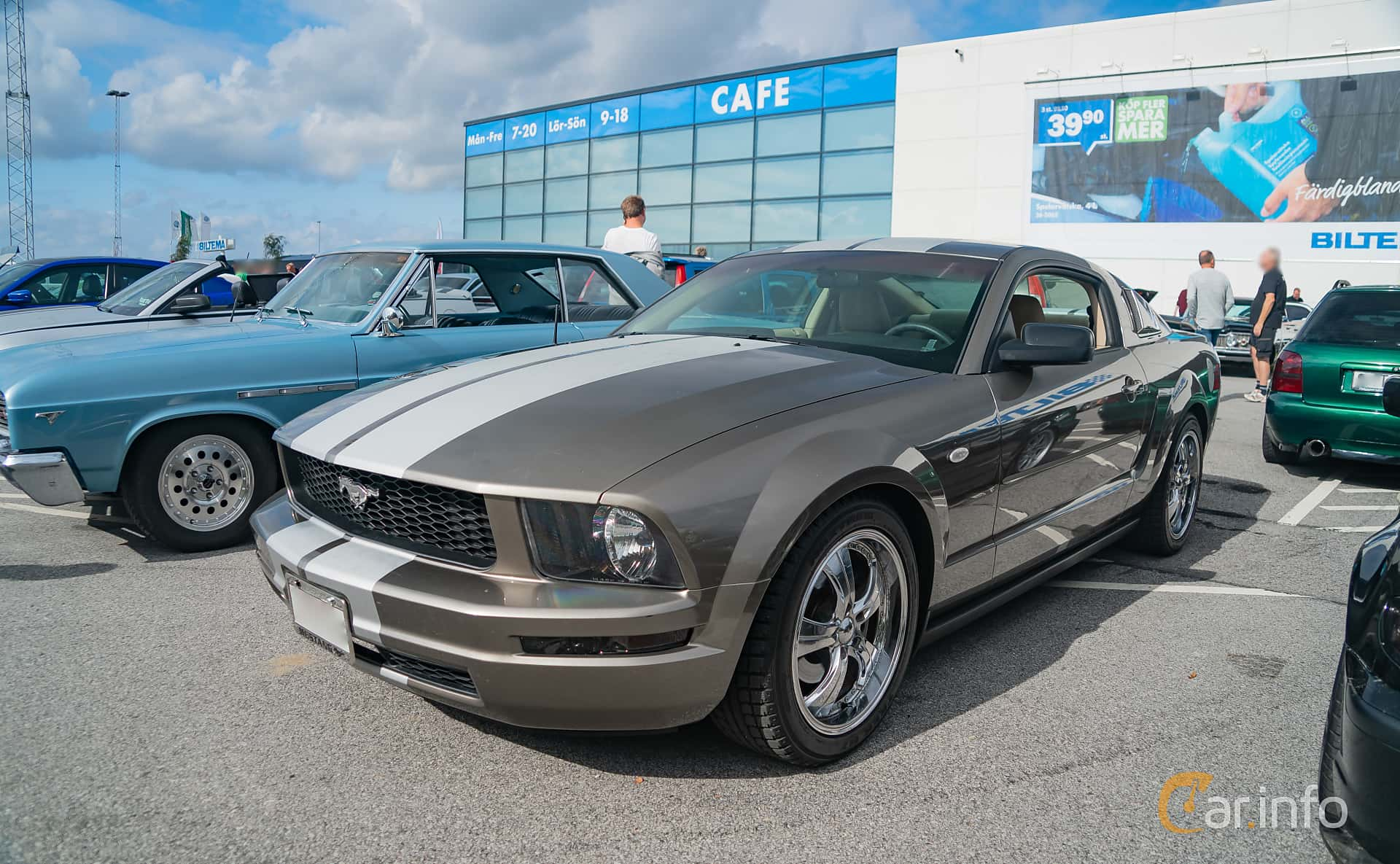 2 images of ford mustang 4 0 v6 automatic 213hp 2005 by marcusliedholm