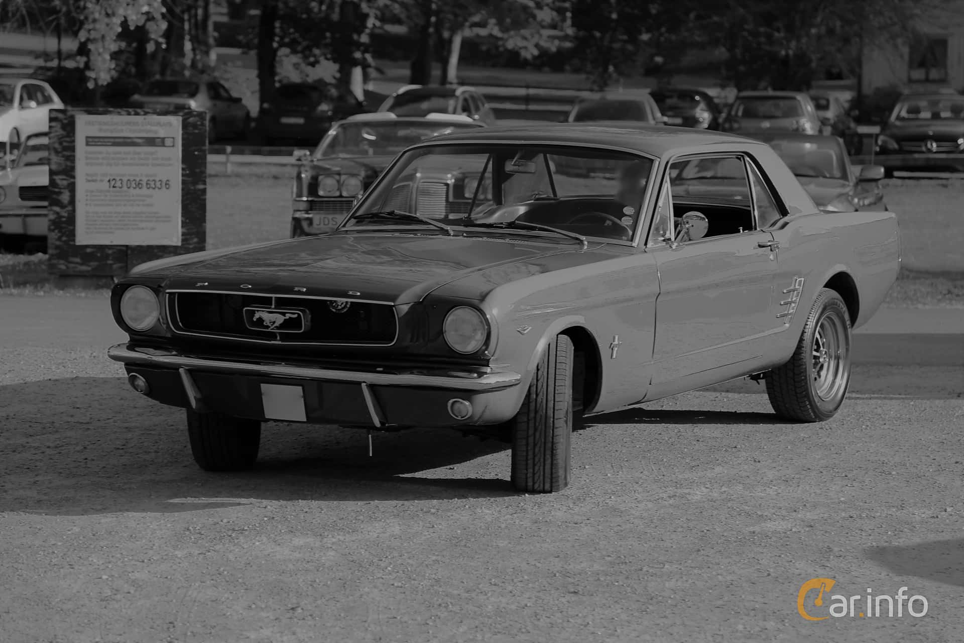Ford Mustang Hardtop 4.7 V8 Automatic, 203hp, 1966 at KungälvsCruisingen 2017