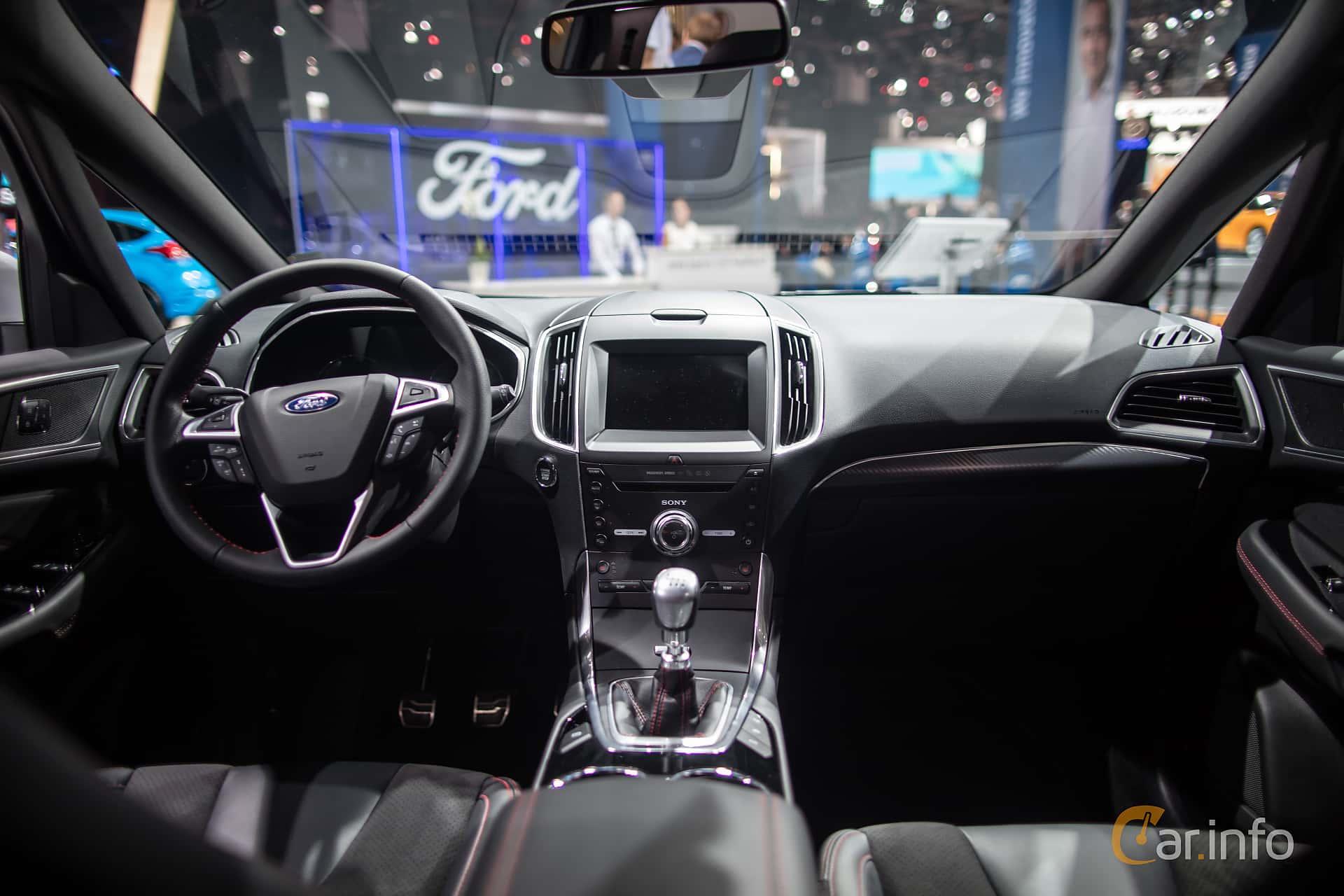 Interior Of Ford S Max 20 TDCi Manual 180ps 2018 At IAA 2017