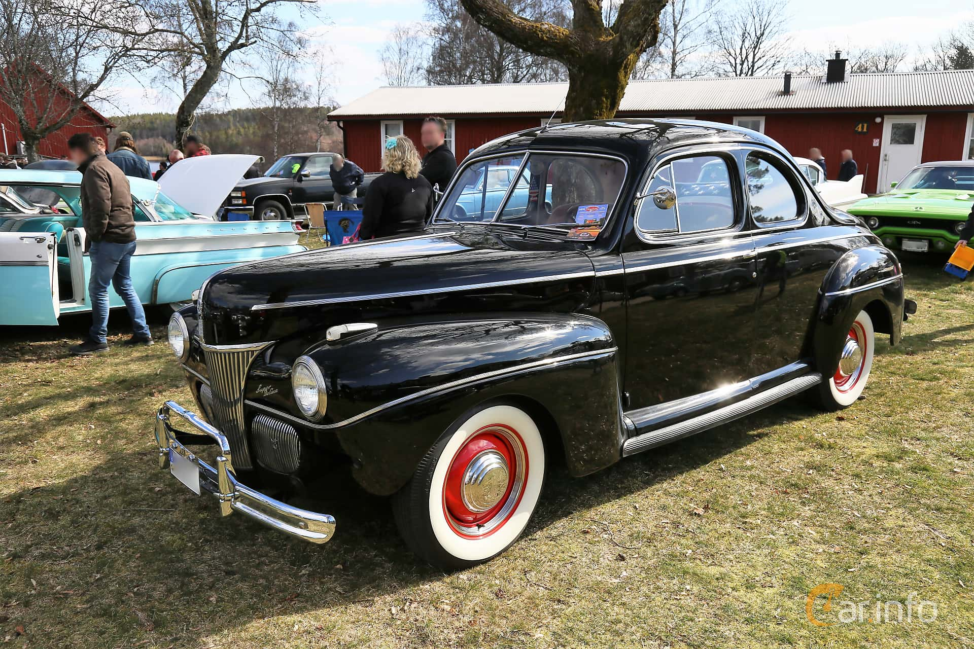 Ford Super Deluxe Coupé 3.6 V8 Manual, 91hp, 1941 at Uddevalla Veteranbilsmarknad Backamo, Ljungsk 2019