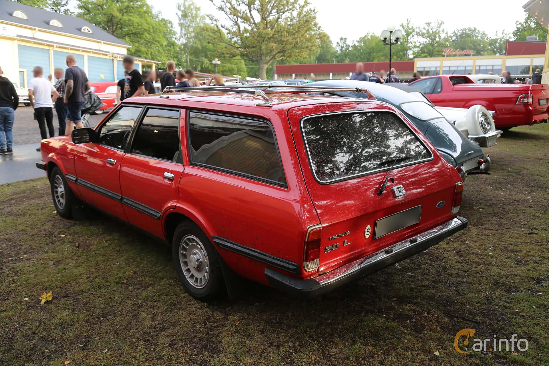 Ford Taunus Kombi 2.0 Manual, 98hp, 1981 at Bil & MC-träffar i Huskvarna Folkets Park 2019 Amerikanska fordon