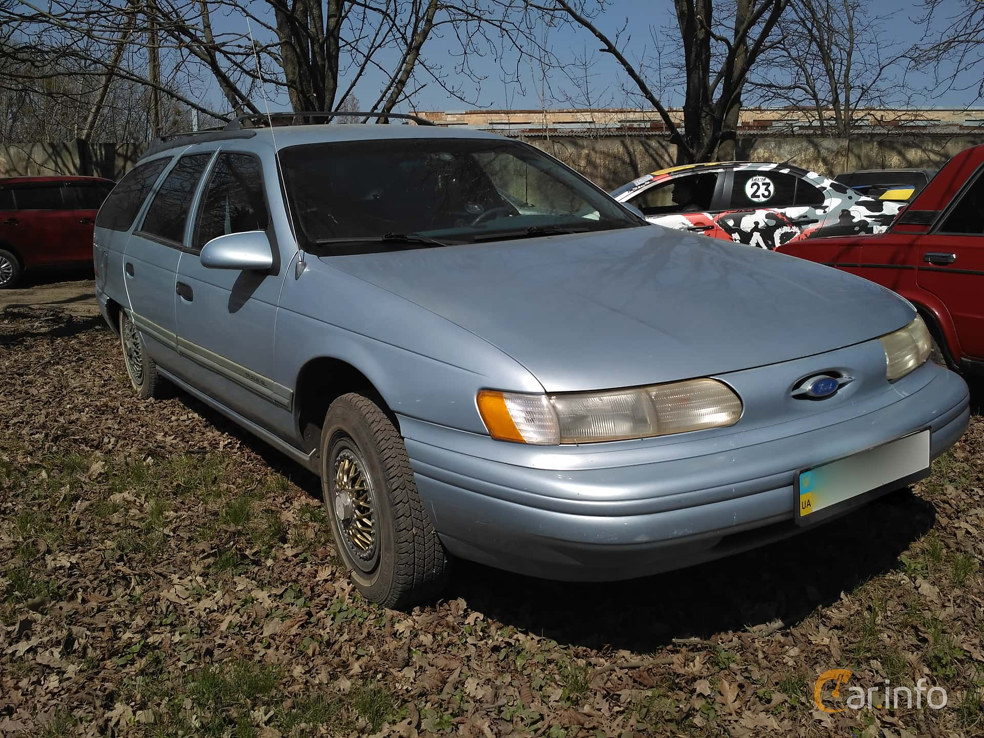Ford Taurus Wagon 1992 at Ltava Time Attack 1st Stage