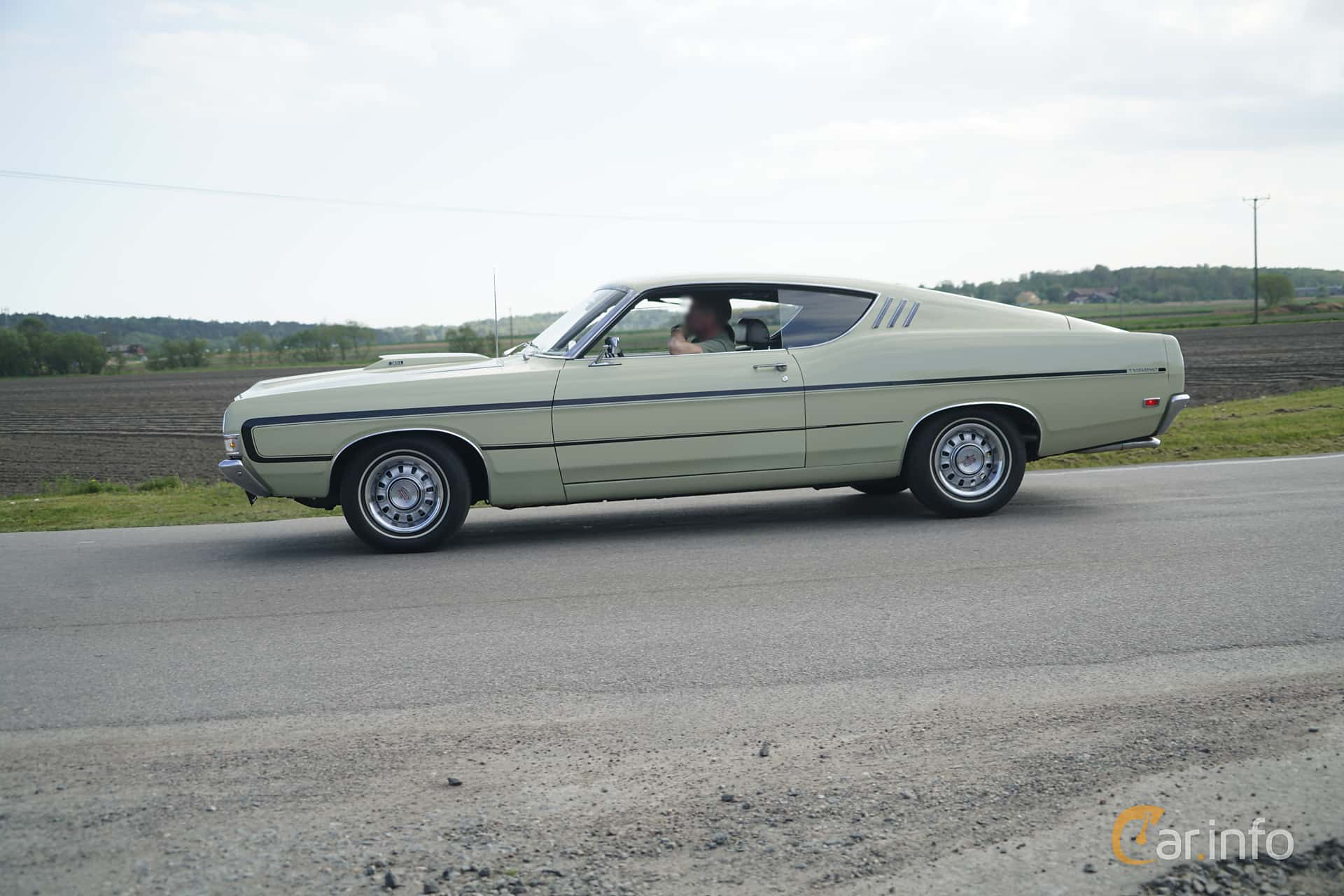 2 Images Of Ford Torino Gt Sportsroof 58 V8 Automatic 294hp 1969 Side 294ps At Tjolholm Classic