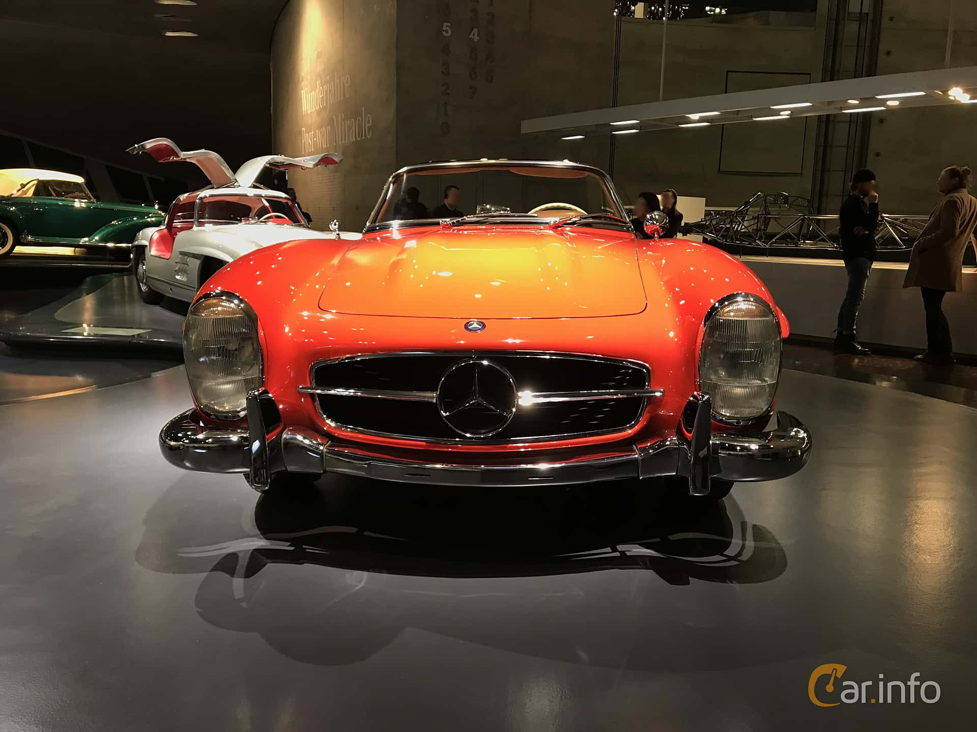 Front  of Mercedes-Benz 300 SL Roadster  Manual, 225ps, 1962