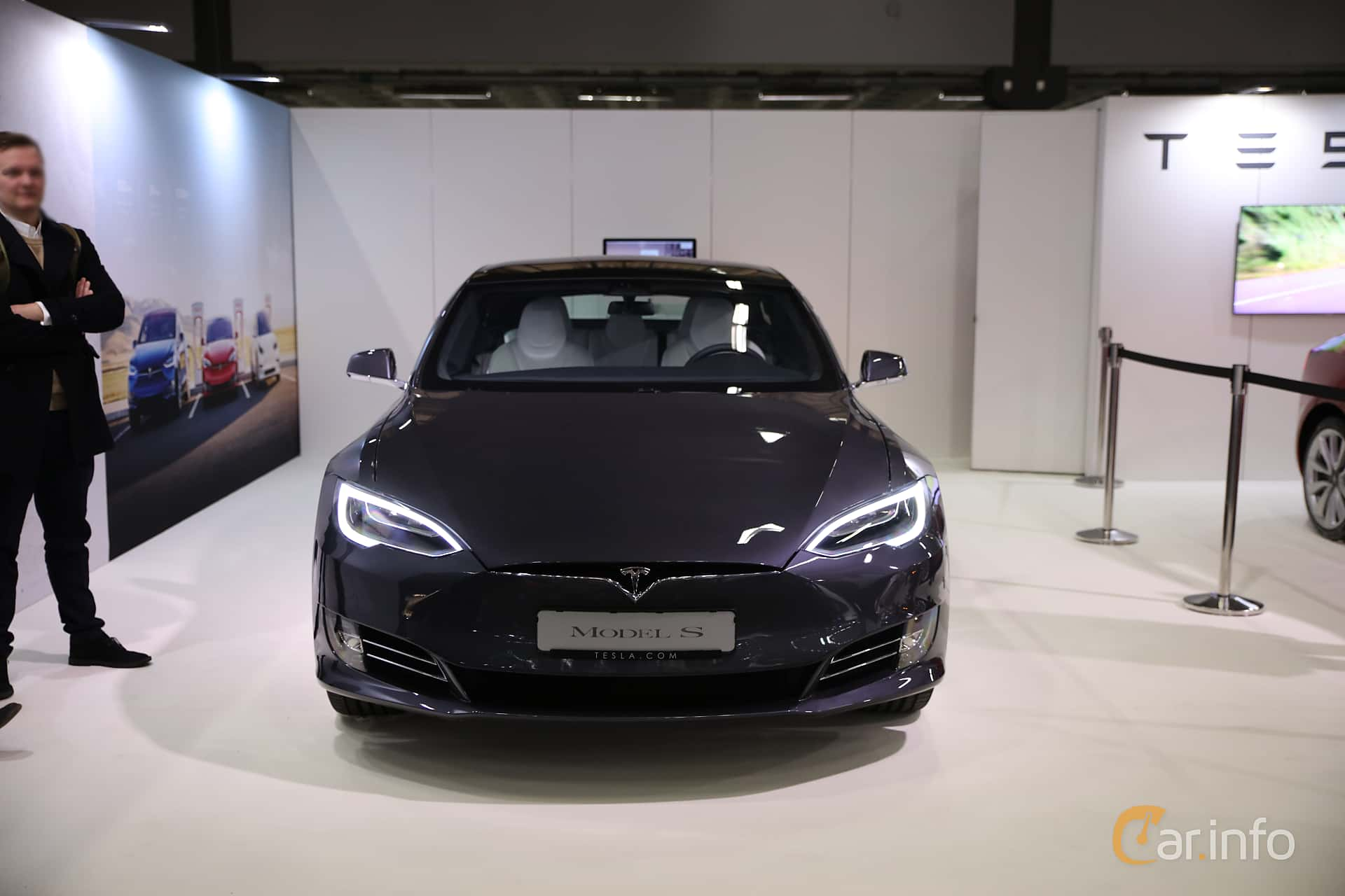 Front  of Tesla Model S 100D 100 kWh AWD Single Speed, 423ps, 2018 at eCar Expo Göteborg 2018