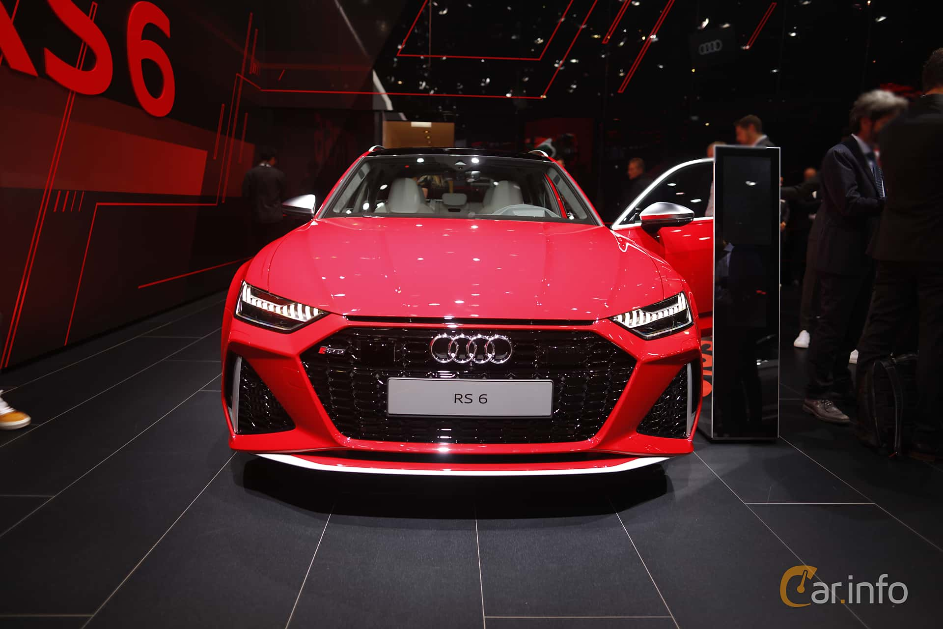 Front  of Audi RS 6 Avant  TipTronic, 600ps, 2020 at IAA 2019