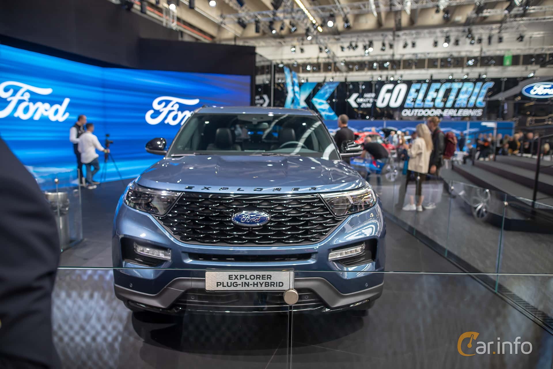 Ford Explorer Plug-In-Hybrid  Automatic, 457hp, 2020 at IAA 2019