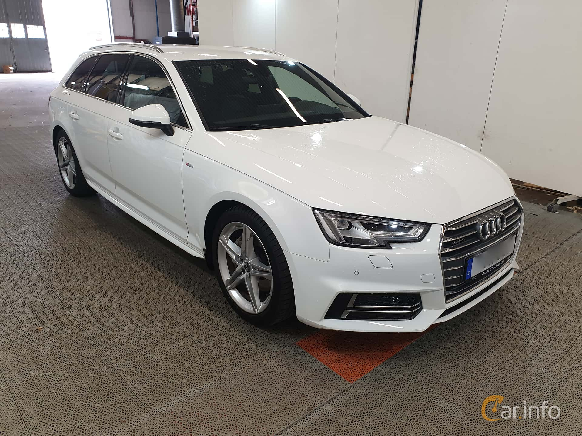 6 Images Of Audi A4 Avant 20 Tdi Quattro S Tronic 190hp 2018 By