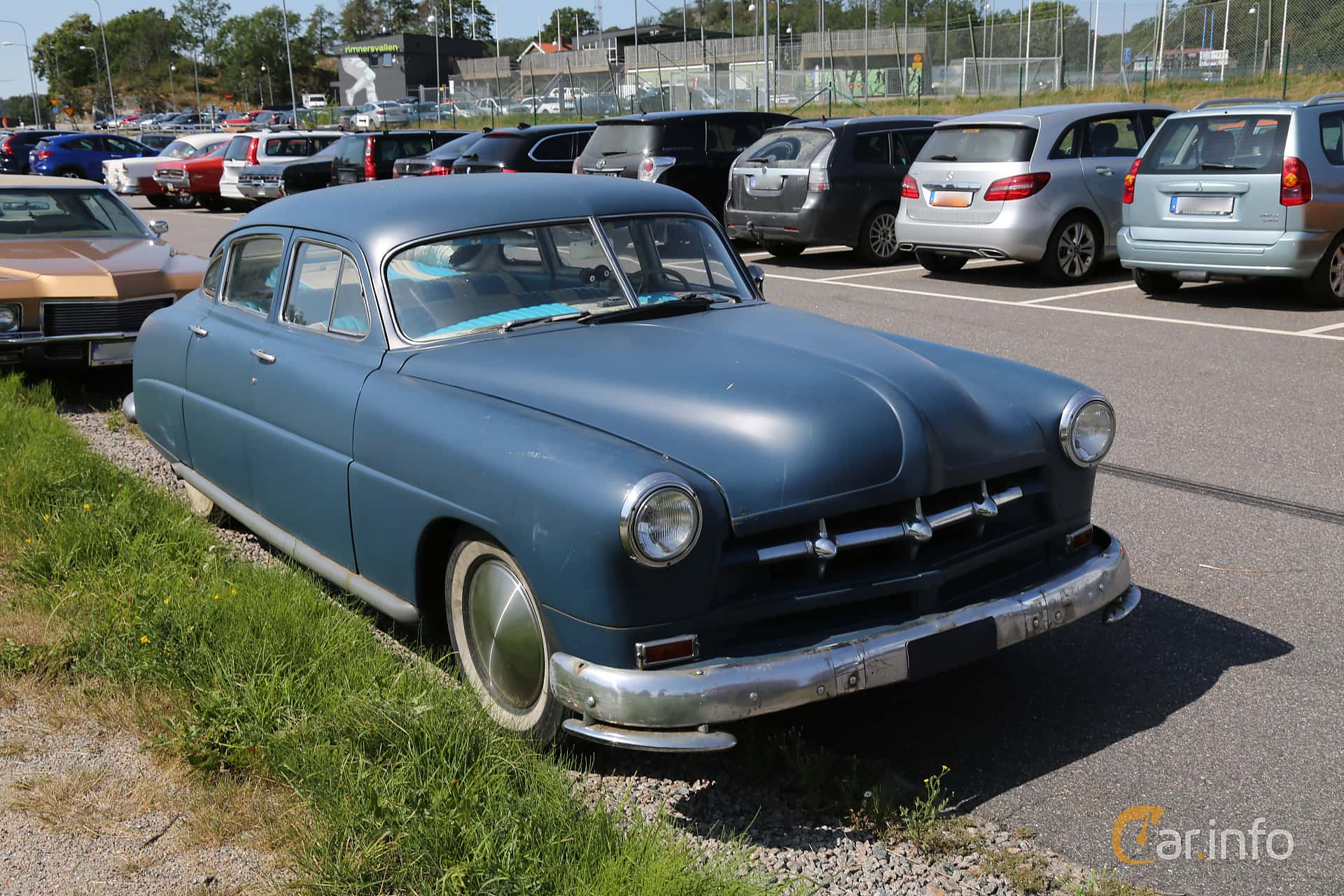 Front/Side  of Hudson Commodore 4-door Sedan 4.3 Manual, 121ps, 1948 at A-bombers - Old Style Weekend Backamo 2019