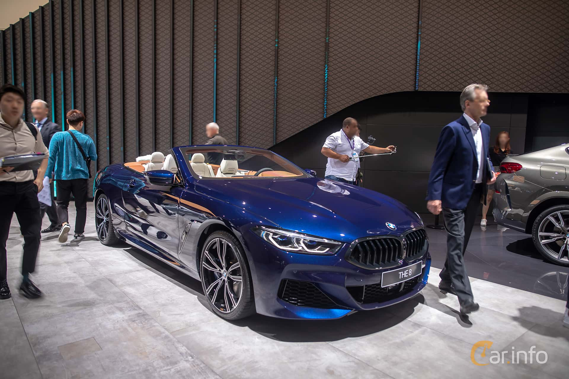 Front/Side  of BMW 840i Convertible  Steptronic, 340ps, 2020 at IAA 2019