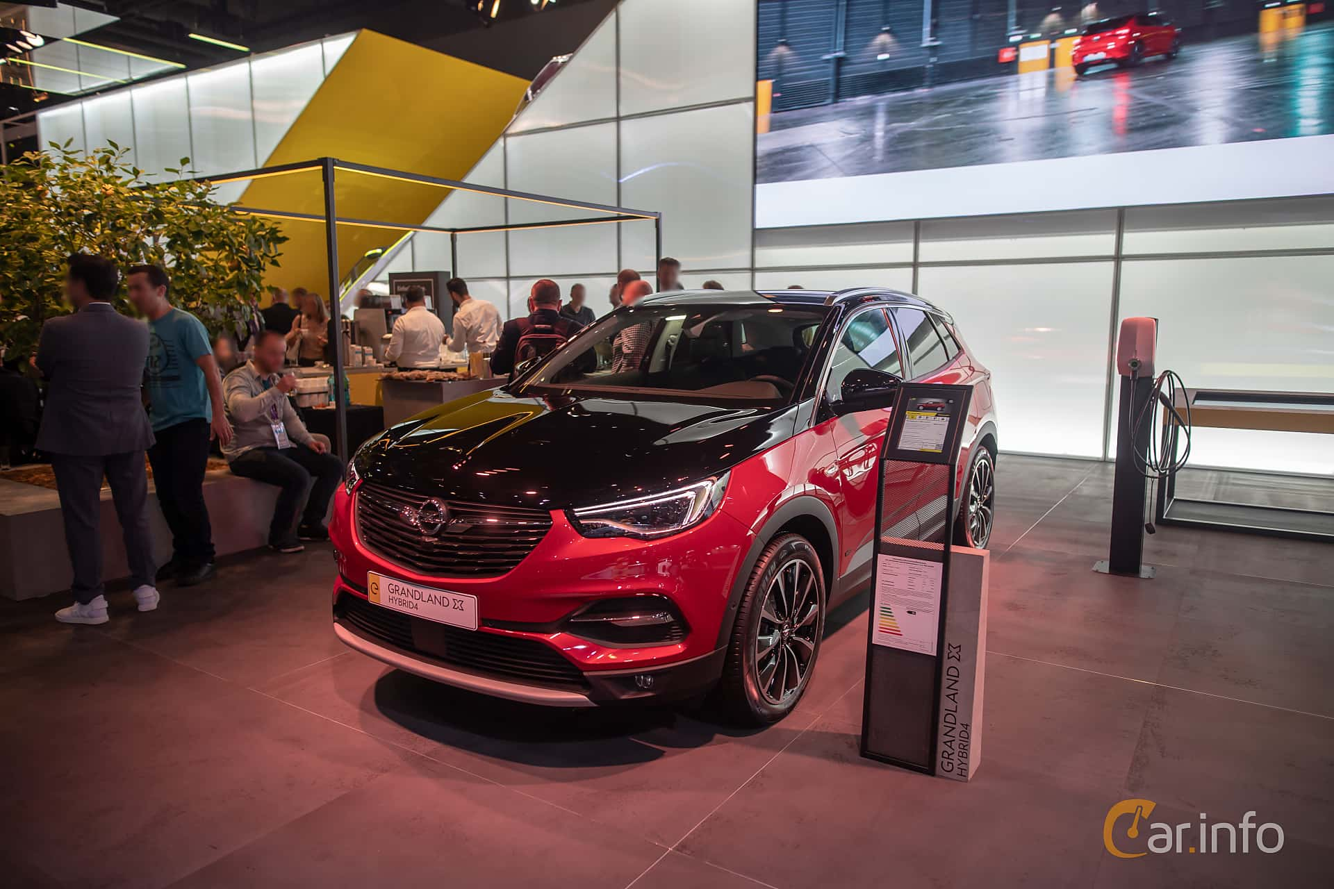 Opel Grandland X Hybrid4  Automatic, 300hp, 2020 at IAA 2019