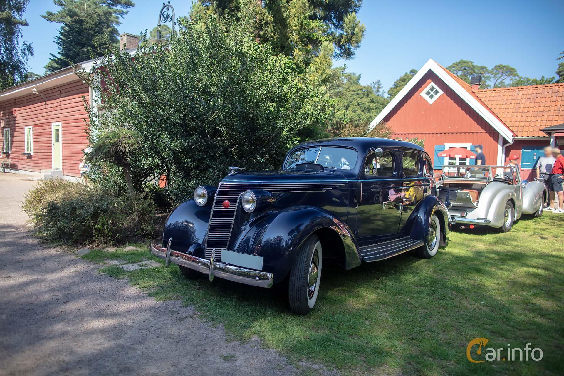 Studebaker Dictator Custom Sedan 3.6 Manual, 90hp, 1937 at Lergöksträffen Ängelholm 2019