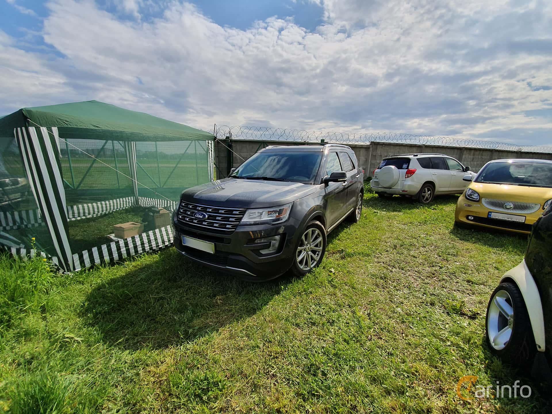 Ford Explorer 2.3 EcoBoost 4WD SelectShift, 284hp, 2017 at Old Car Land no.1 2019