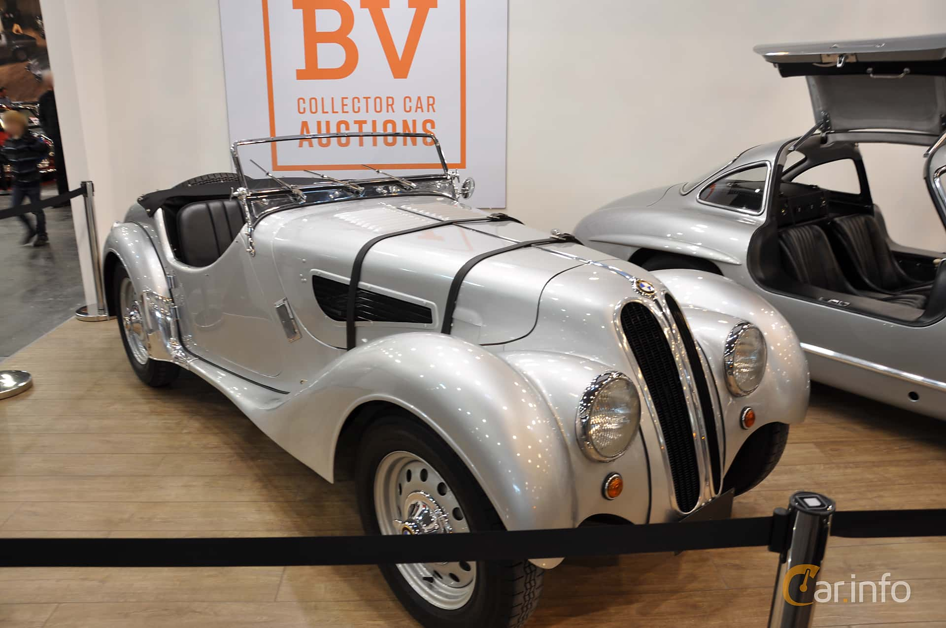 Front/Side  of BMW 328 2.0 Manual, 80ps, 1937 at Techno Classica Essen 2019
