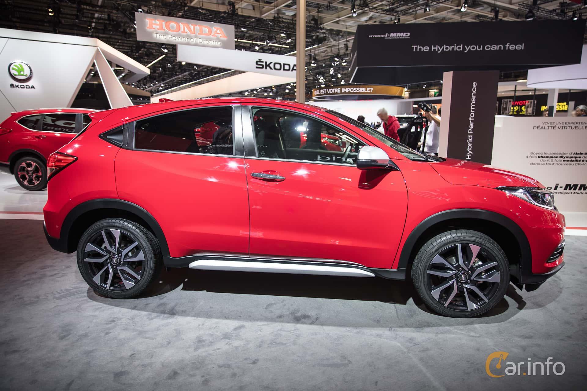 Honda HR-V 1.5 i-VTEC Manual, 130hp, 2019 at Paris Motor Show 2018