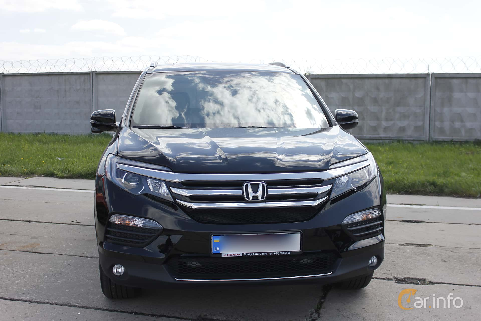 Honda Pilot 3.5 V6 Automatic, 280hp, 2017 at Old Car Land no.1 2018