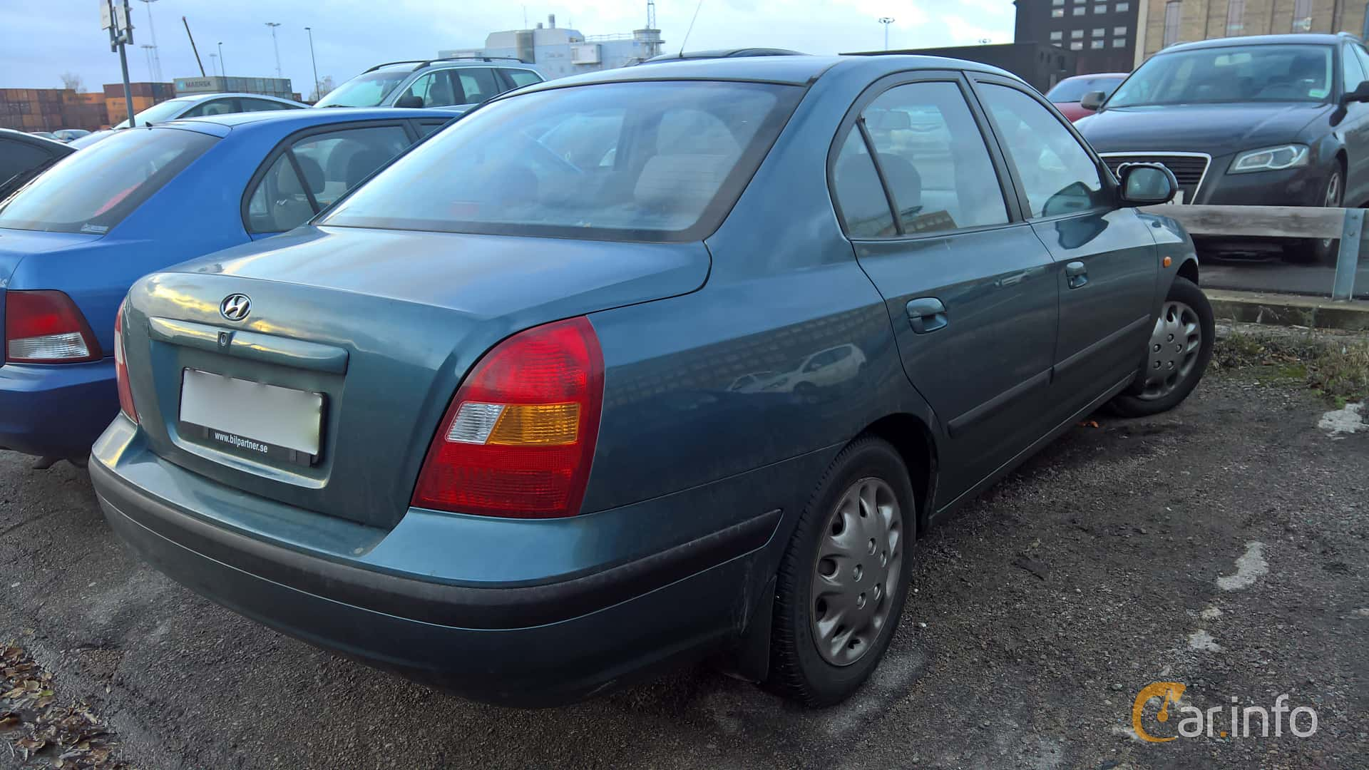 Hyundai Elantra Sedan 1.6 Manual, 107hp, 2002