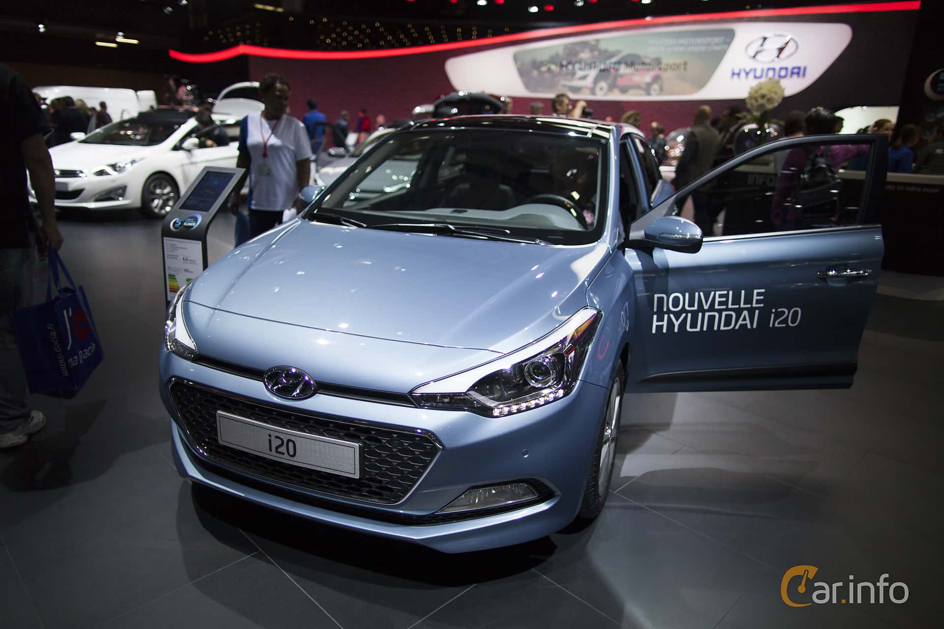 Front/Side of Hyundai i20 1.1 CRDi Manual, 75ps, 2015 at Paris Motor