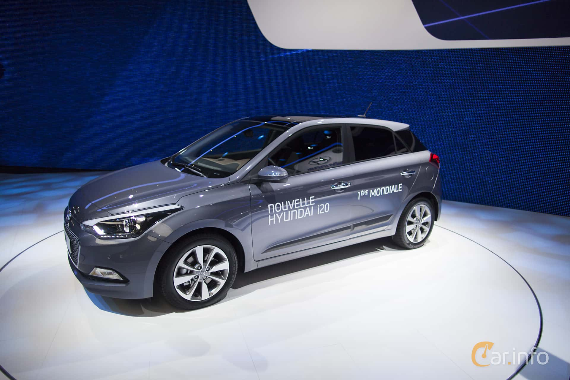 Side of Hyundai i20 1.4 CRDi Manual, 90ps, 2015 at Paris Motor Show 2014