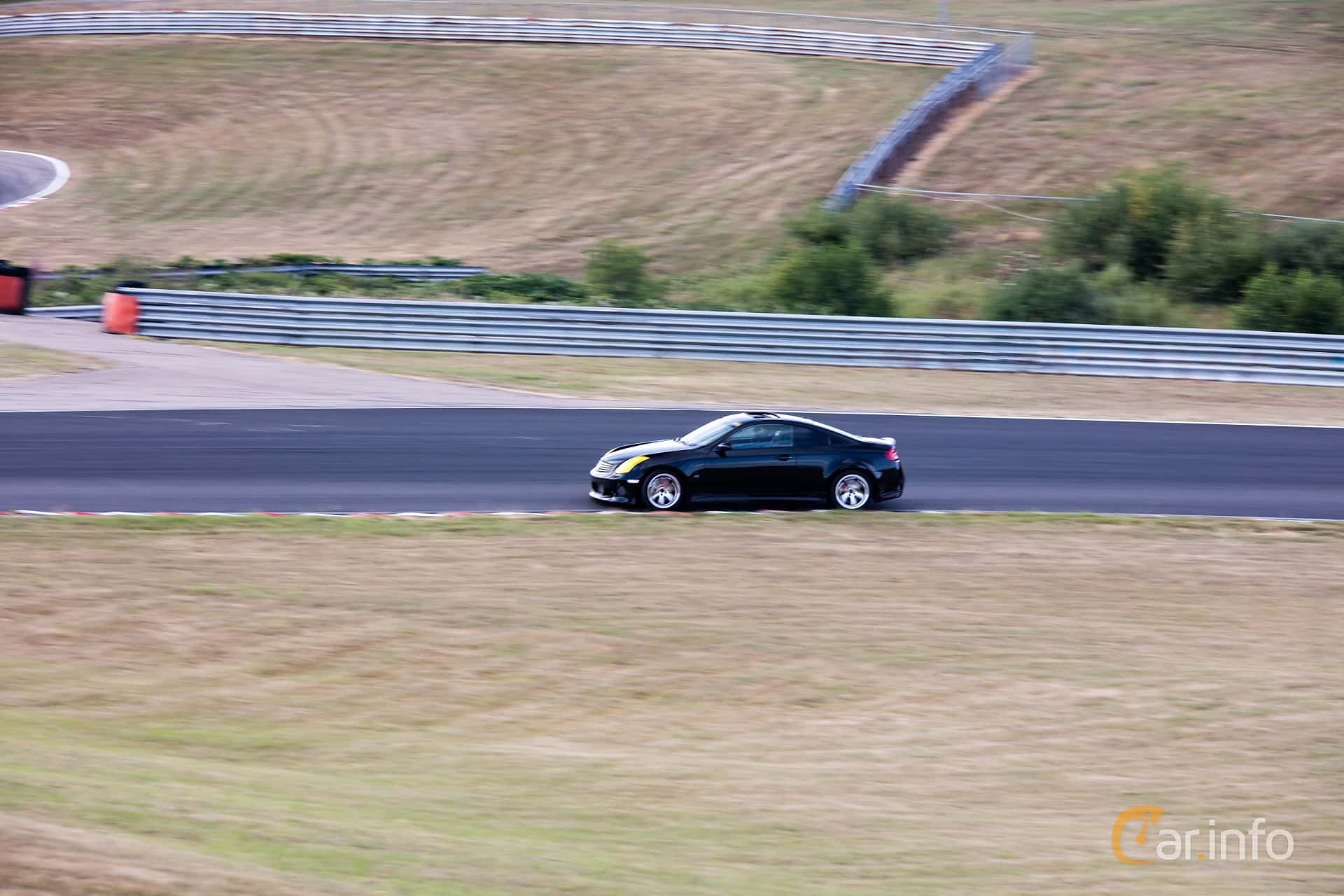 Side  of Infiniti G35 Coupé 3.5 V6 Manual, 302ps, 2006 at JapTuning Trackday 2018 Knutstorp