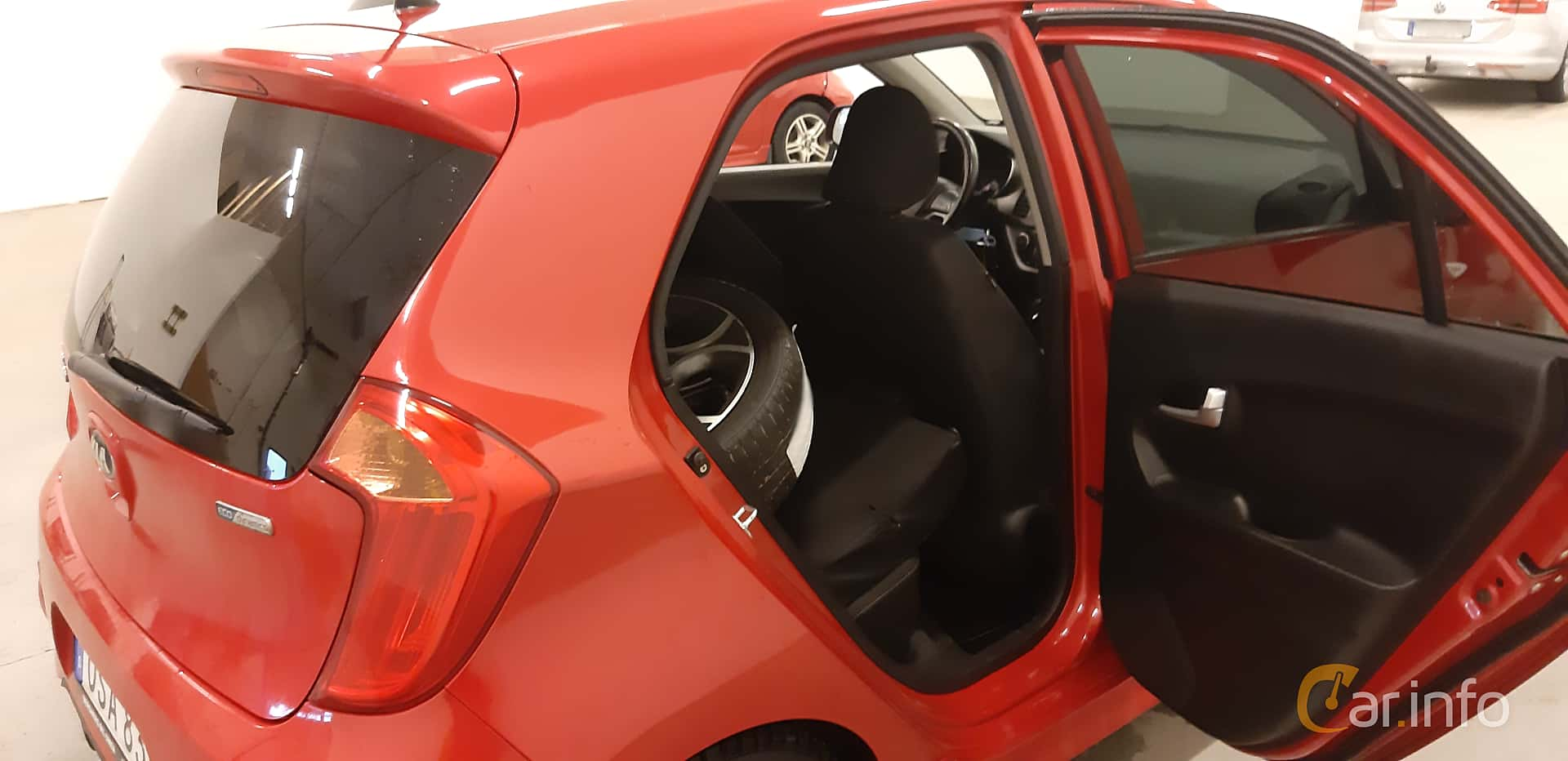 Kia Picanto 5-door 1.0 Manual, 69hp, 2016