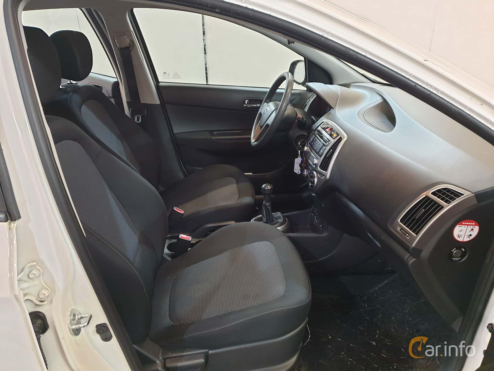 Hyundai i20 5-door 1.2 Manual, 86hp, 2013