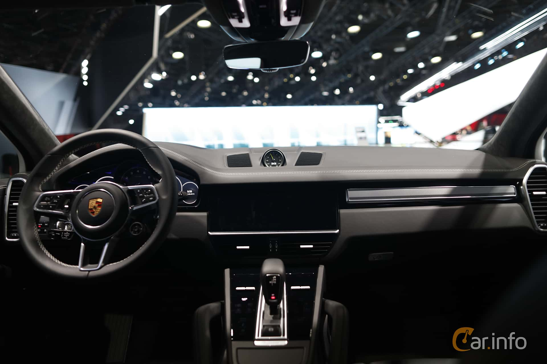 Porsche Cayenne E-Hybrid 3.0 V6 4 + 14.1 kWh TipTronic S, 462hp, 2020 at IAA 2019