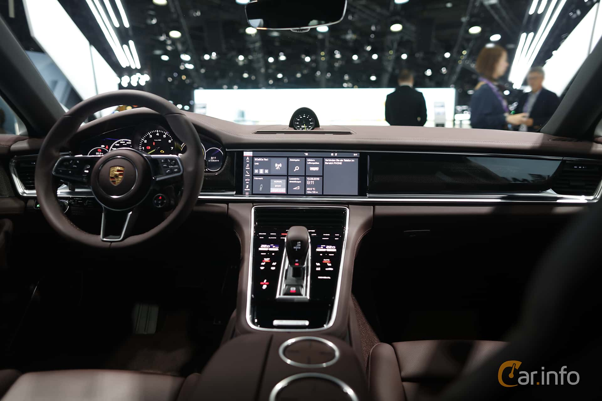 Interior of Porsche Panamera 4 E-Hybrid 2.9 V6 4 PDK, 462ps, 2020 at IAA 2019