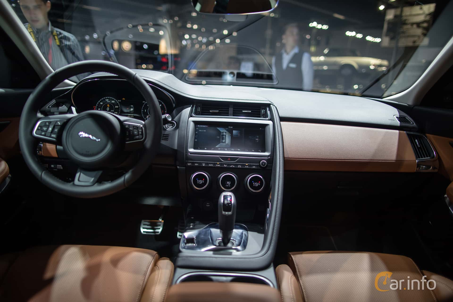 jaguar e pace d180 awd 2 0 awd automatic 180hp 2018 at iaa 2017. Black Bedroom Furniture Sets. Home Design Ideas