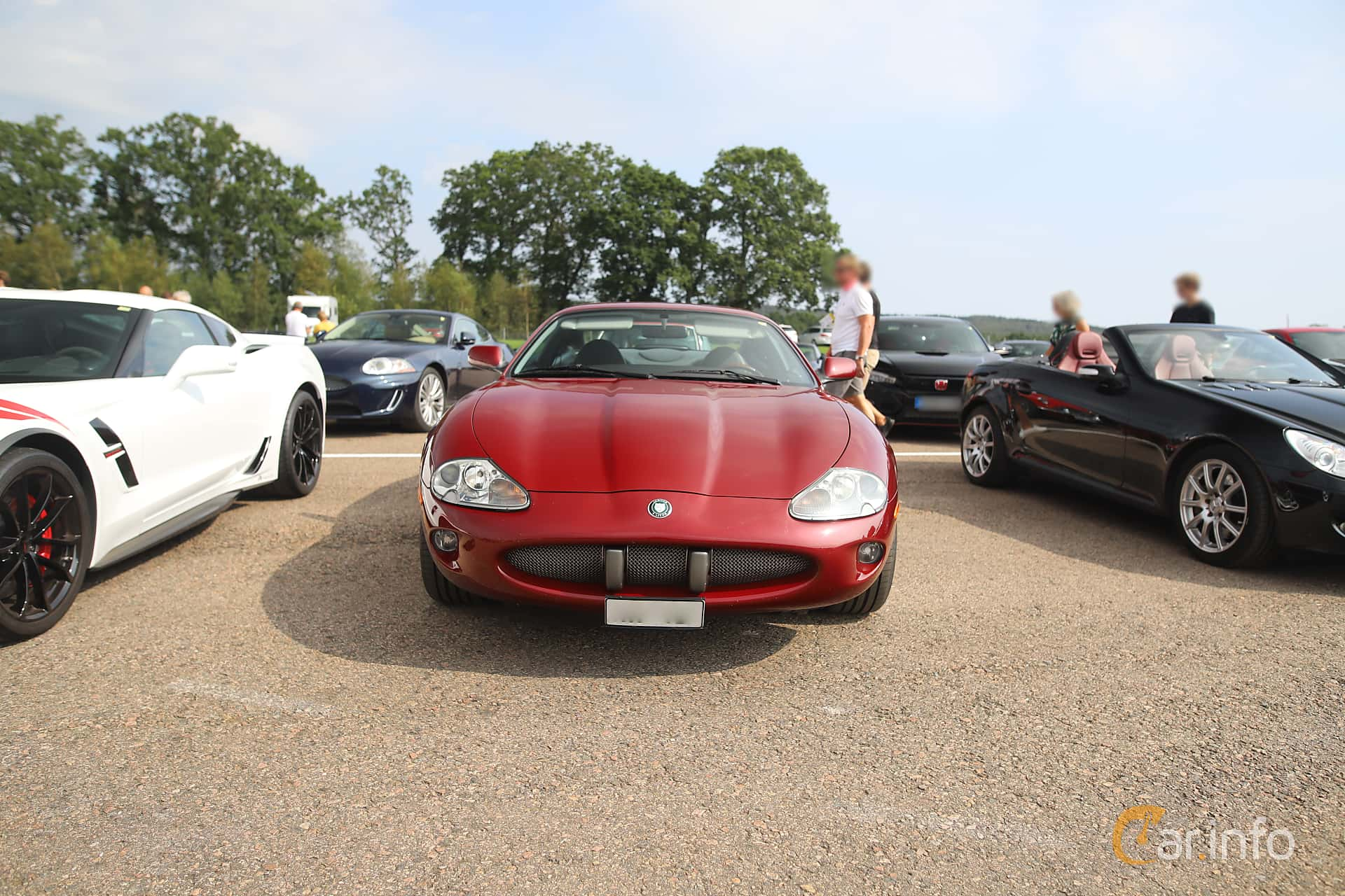Front  of Jaguar XK8 4.0 V8 Automatic, 284ps, 1998 at Autoropa Racing day Knutstorp 2019