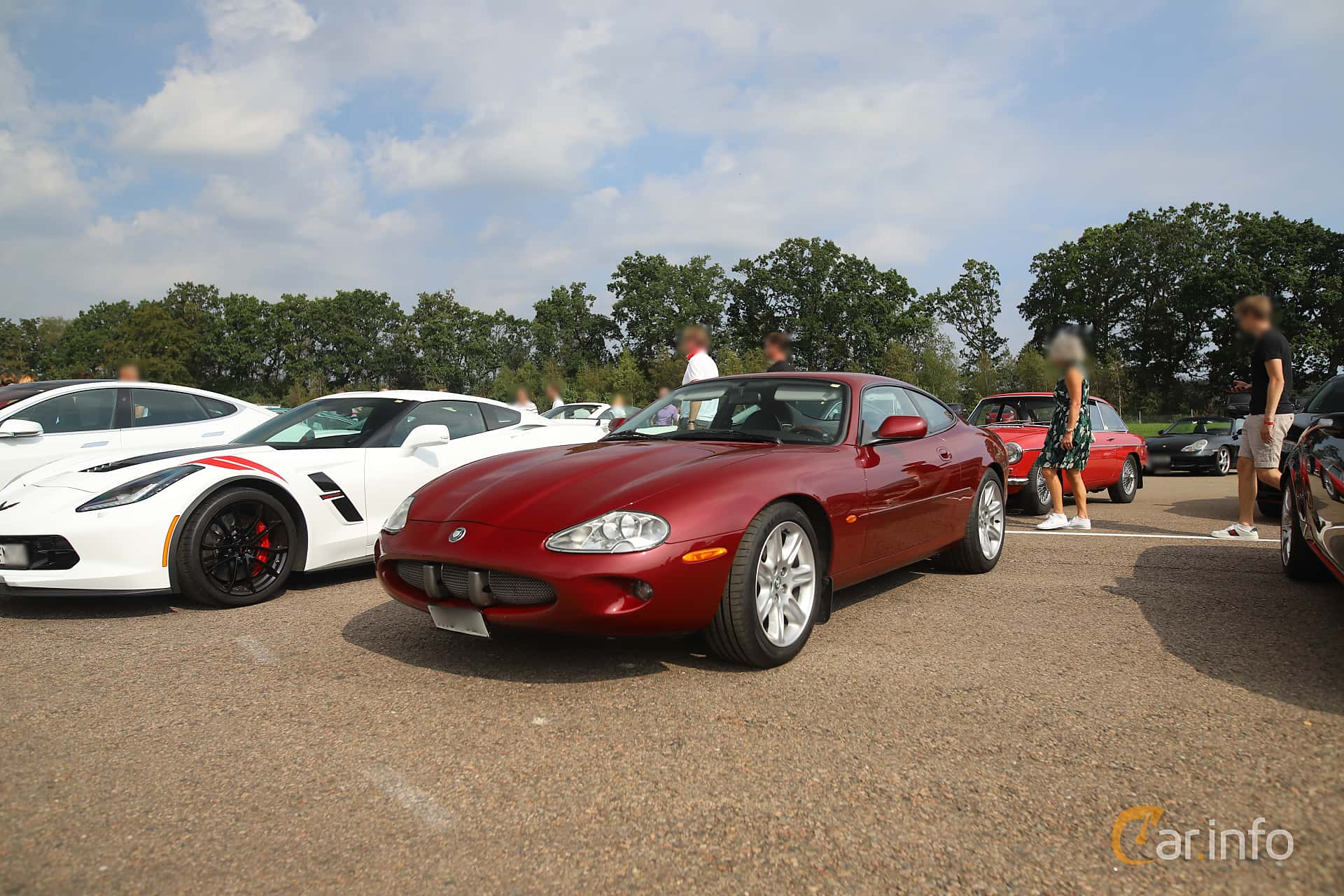 Front/Side  of Jaguar XK8 4.0 V8 Automatic, 284ps, 1998 at Autoropa Racing day Knutstorp 2019