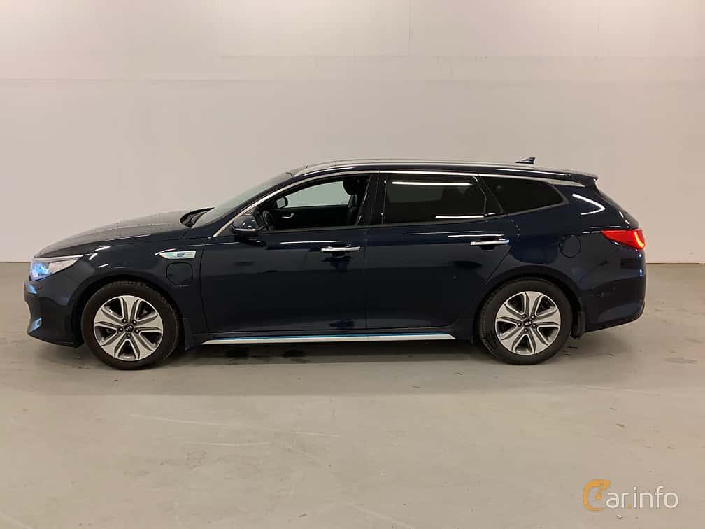 Side  of Kia Optima Sport Wagon Hybrid P-HEV 2.0 Hybrid Automatic, 205ps, 2018