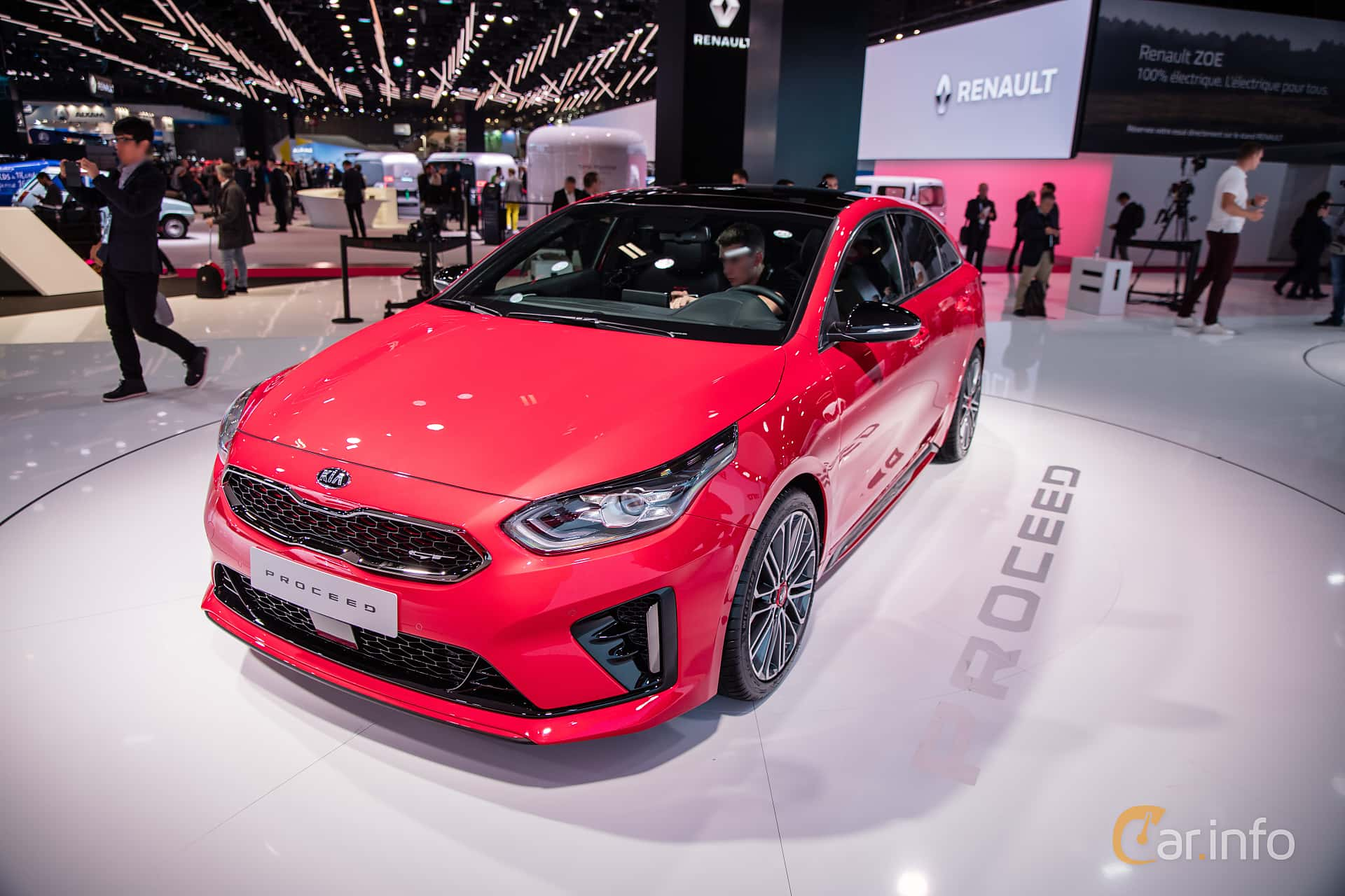 Front/Side  of Kia ProCeed 2019 at Paris Motor Show 2018