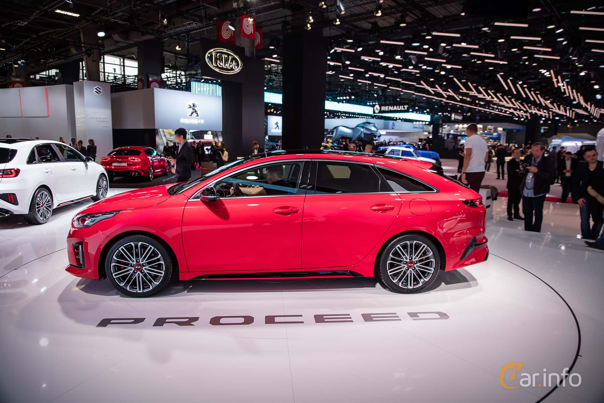 Side  of Kia ProCeed 2019 at Paris Motor Show 2018