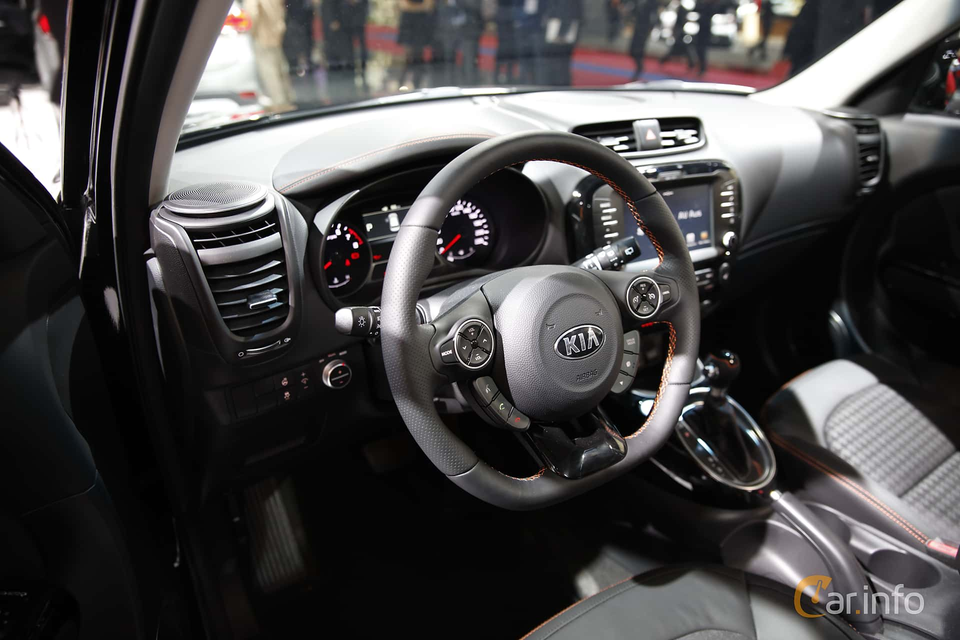 kia soul 1 6 gdi manuell 132hk 2017 at paris motor show 2016. Black Bedroom Furniture Sets. Home Design Ideas
