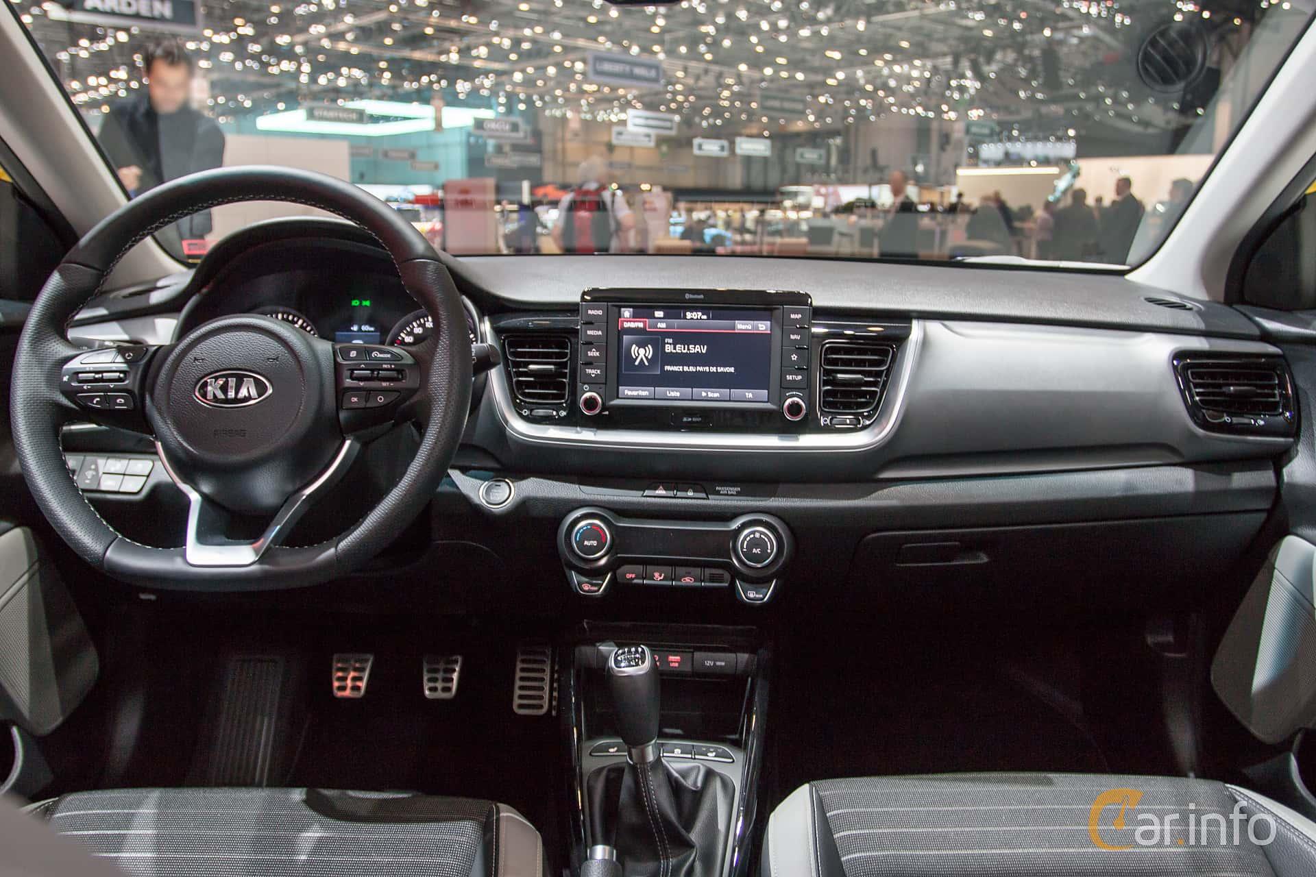 Kia Stonic 1.0 T-GDI Manual, 120hp, 2018 at Geneva Motor ...