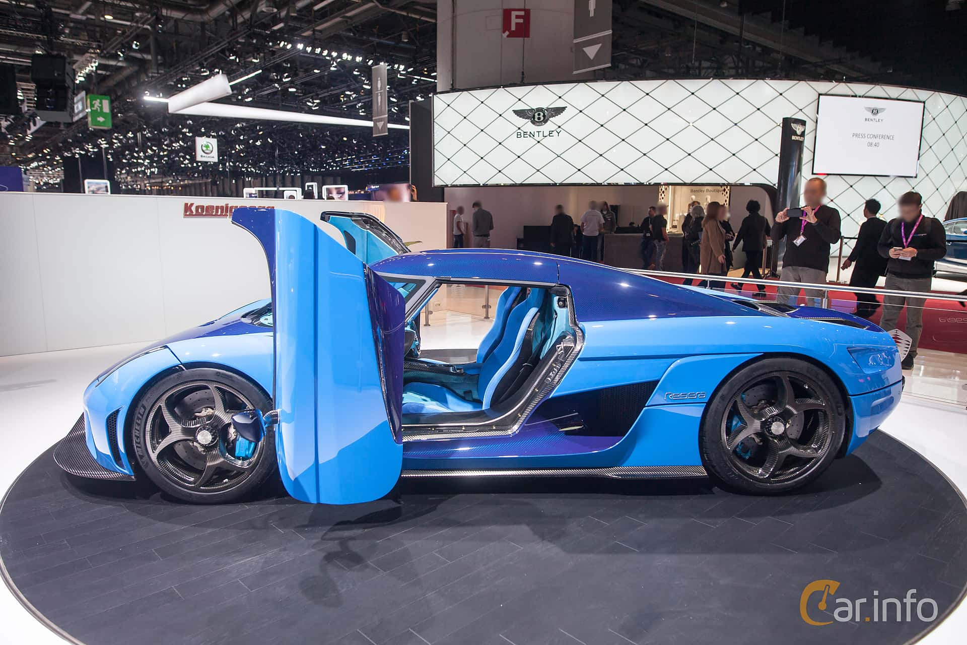 Side  of Koenigsegg Regera 5.0 V8 KDD, 1500ps, 2018 at Geneva Motor Show 2018