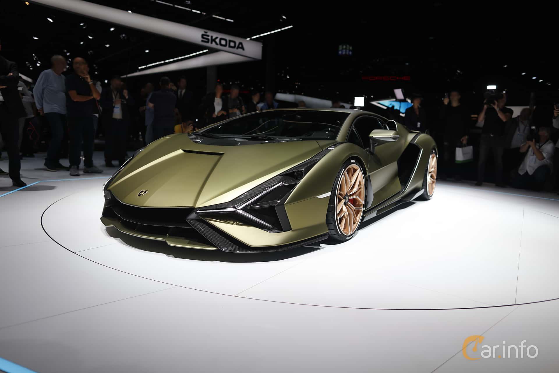 Front/Side  of Lamborghini Sián 6.5 V12 ISR, 819ps, 2020 at IAA 2019