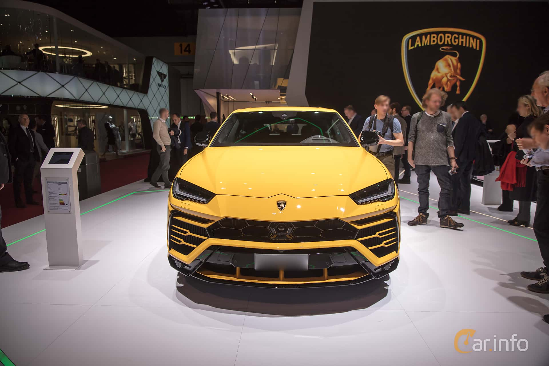 Front  of Lamborghini Urus 4.0 V8 AWD Automatic, 650ps, 2018 at Geneva Motor Show 2018