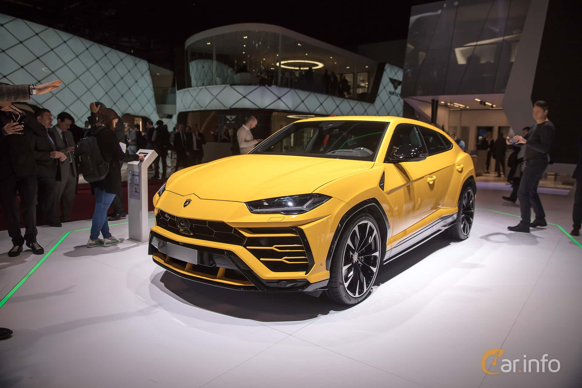 Front/Side  of Lamborghini Urus 4.0 V8 AWD Automatic, 650ps, 2018 at Geneva Motor Show 2018