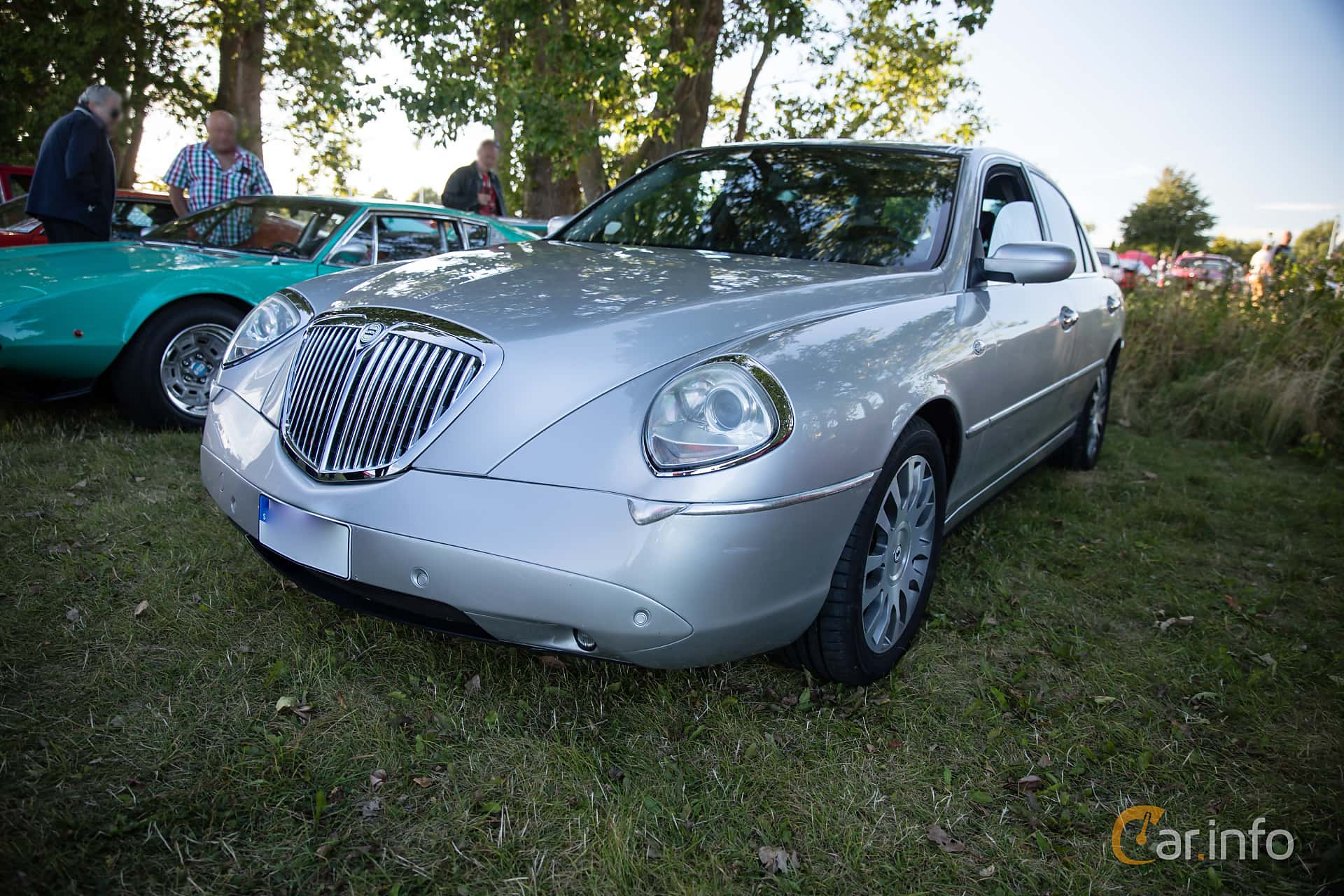lancia thesis 3.2 v6 comfotronic executive