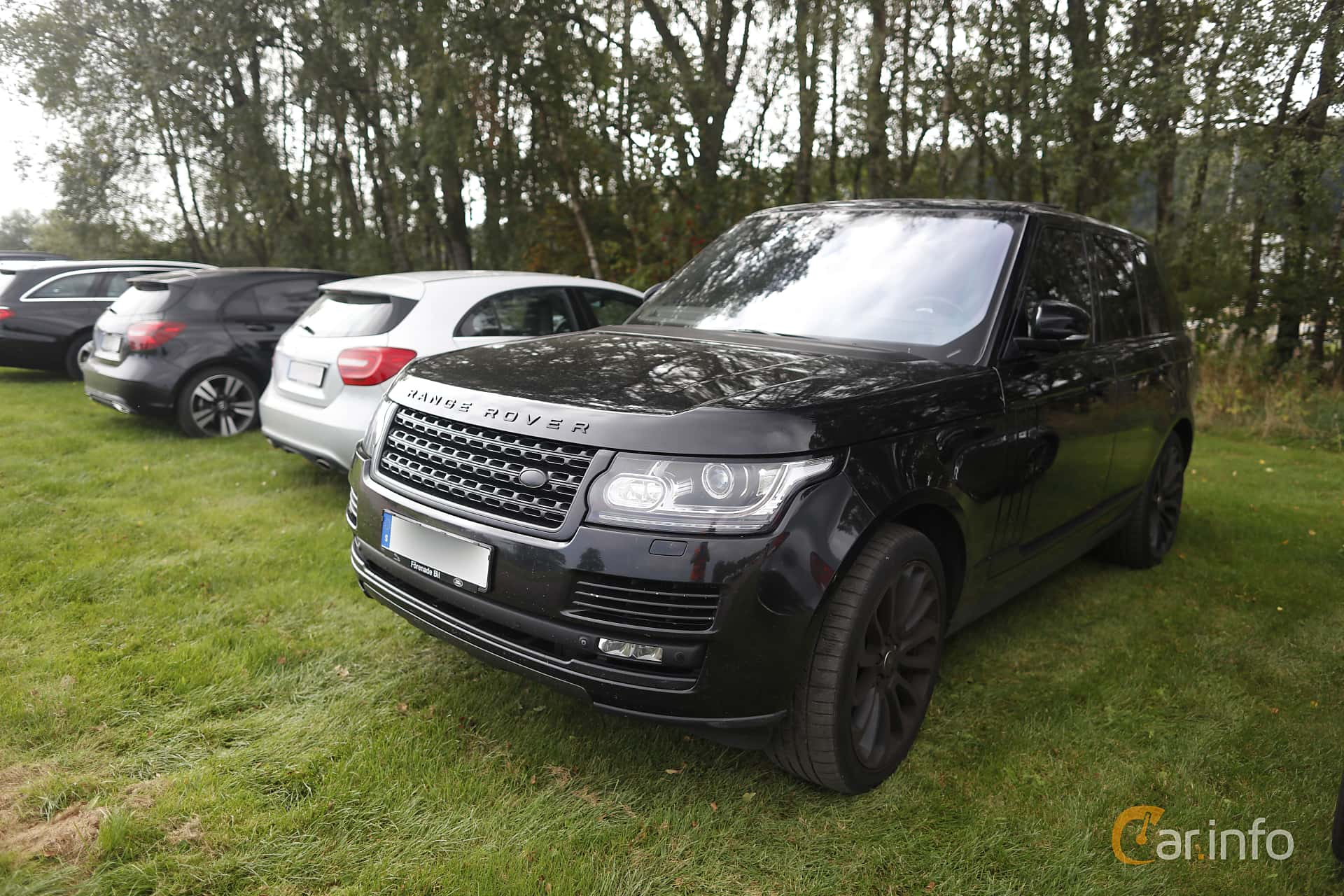 Front/Side  of Land Rover Range Rover 4.4 SDV8 4WD Automatic, 340ps, 2014 at Autoropa Racing day Knutstorp 2019