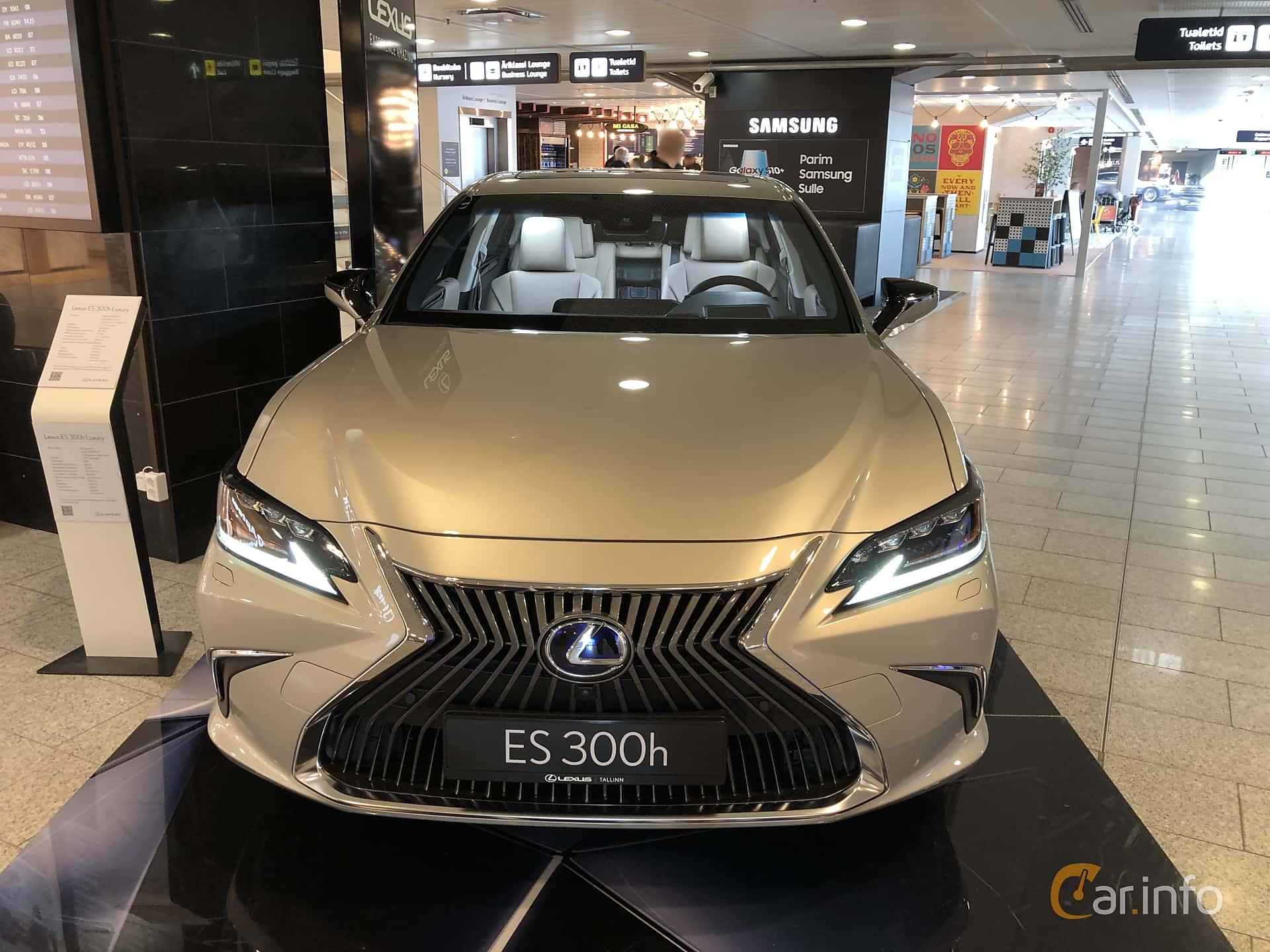 Lexus ES 300h 2.5 ECVT, 218hp, 2019