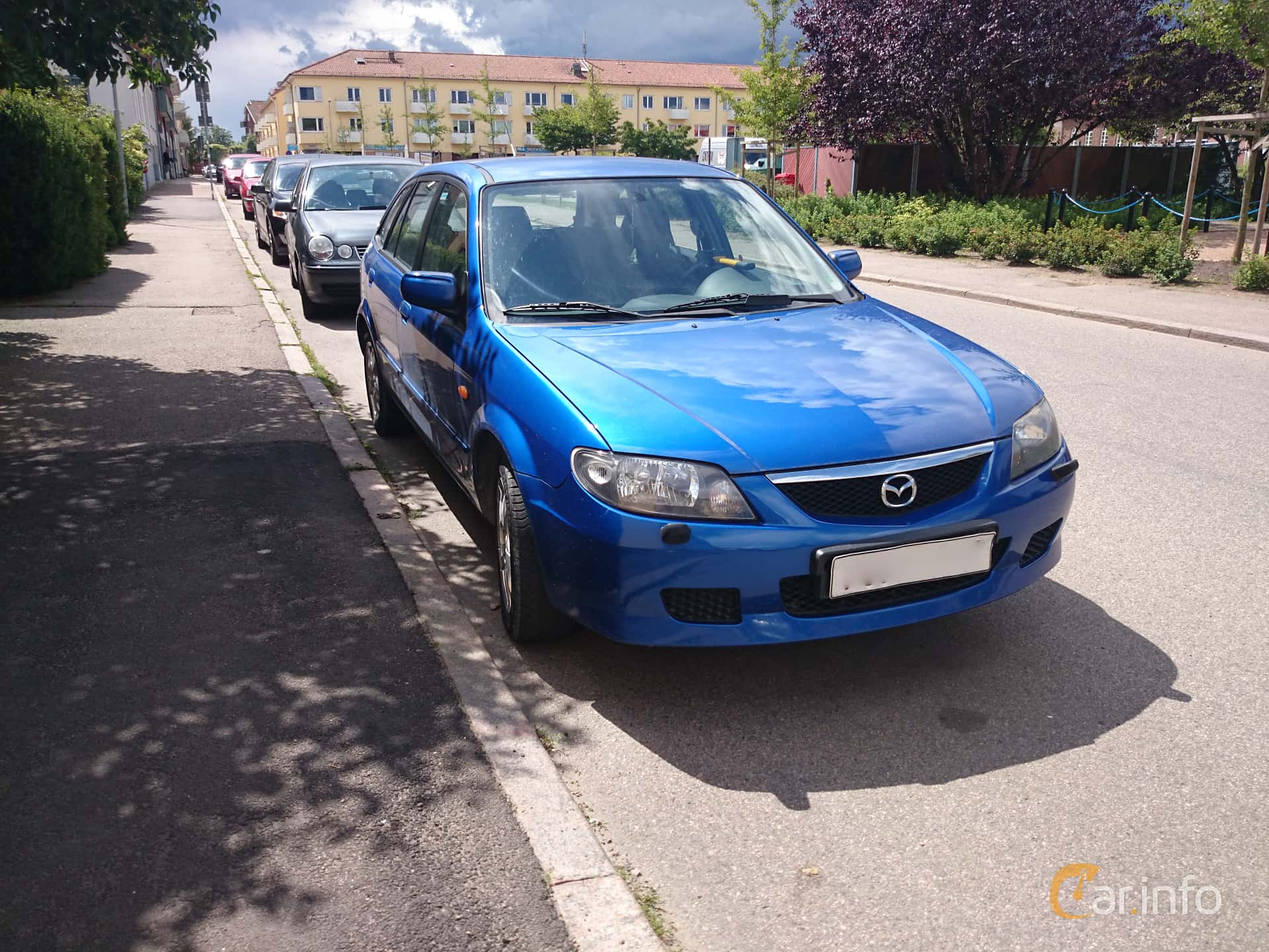 Kekurangan Mazda 326 Spesifikasi