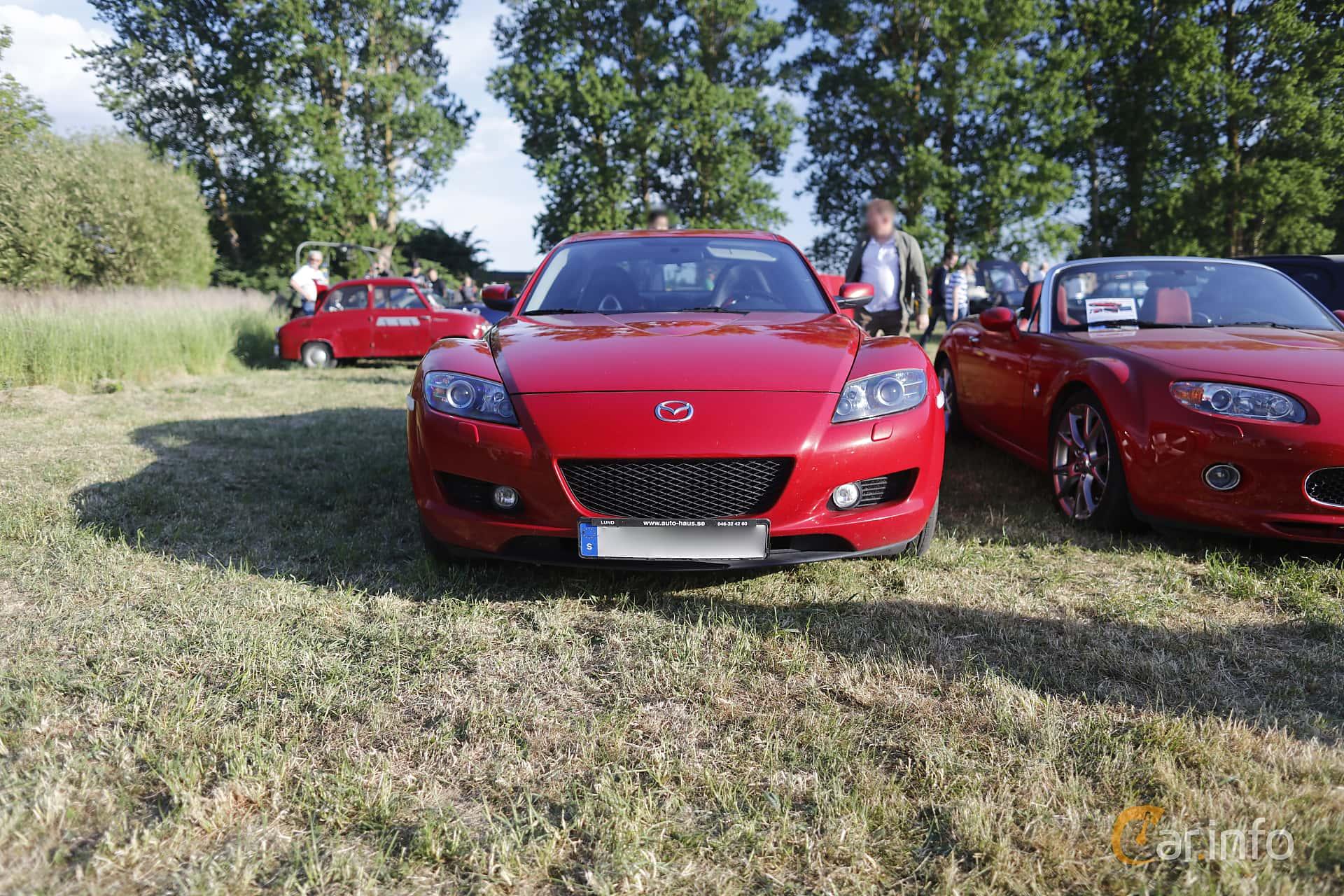 f5ba986e94c Front of Mazda RX-8 1.3 Manual, 231ps, 2004 at Tisdagsträffarna  Vikingatider v