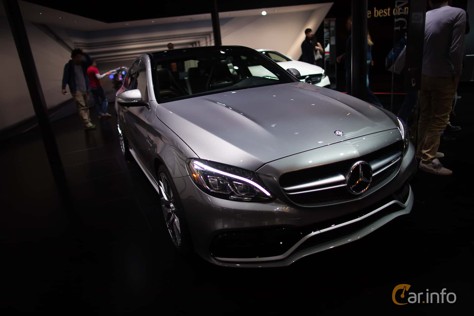 Mercedes benz c class sedan 2015 for 2015 mercedes benz c class sedan