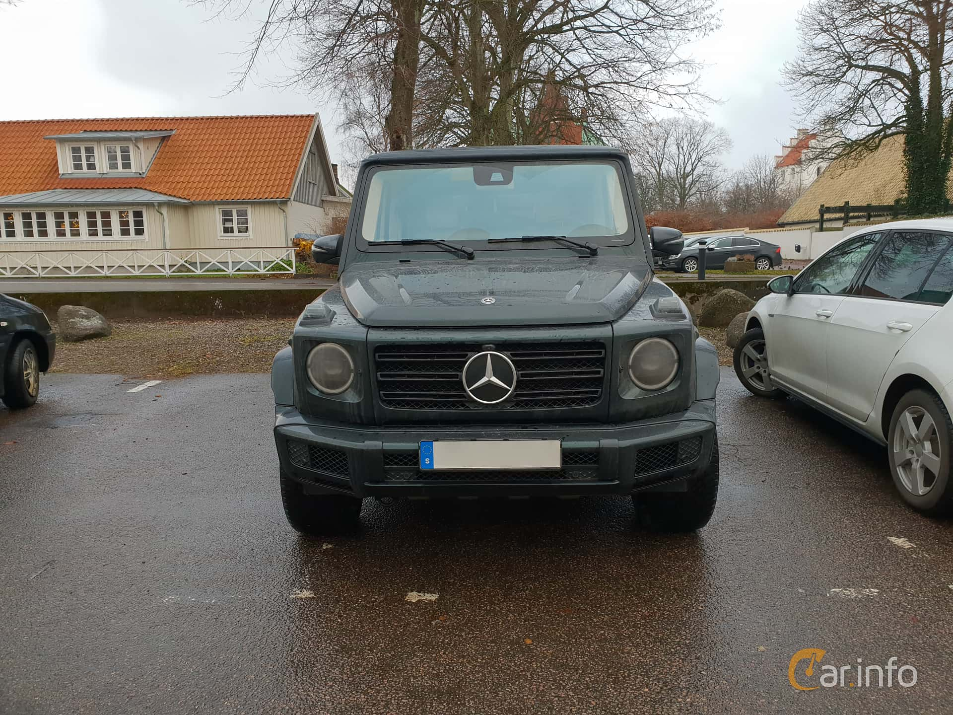 Front  of Mercedes-Benz G 500  9G-Tronic, 421ps, 2019